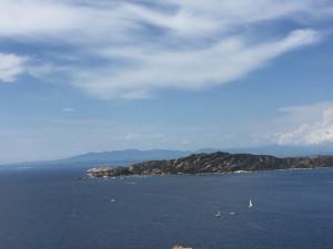 Au fond, la Corse