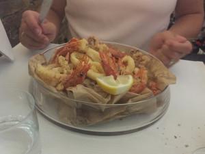 Calamars et crevettes grillés